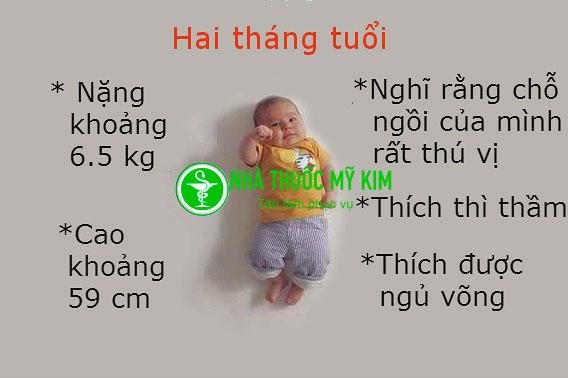 Sự phát triển của trẻ 2 tháng tuổi